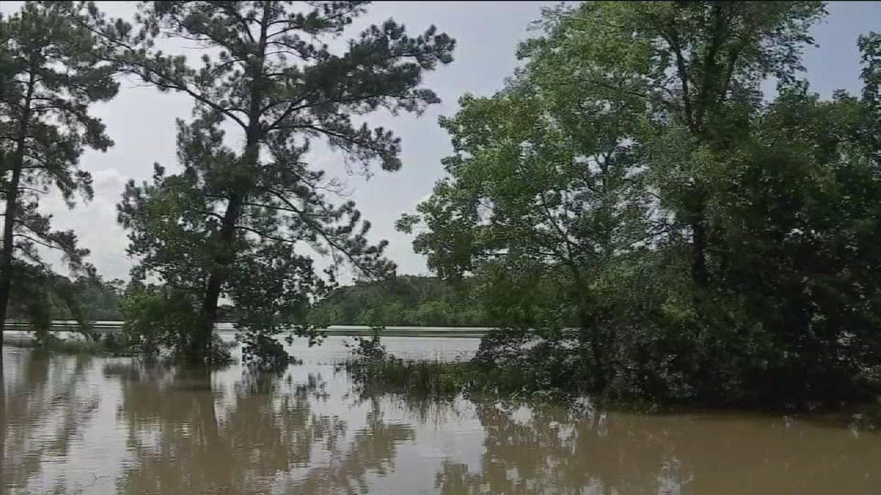 Experts: Forecasting river flooding is tricky