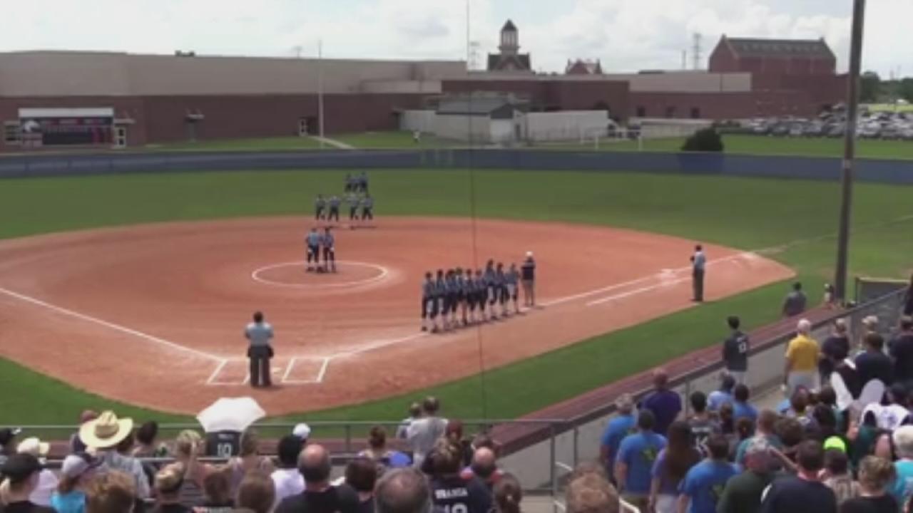 National Anthem sung despite glitch
