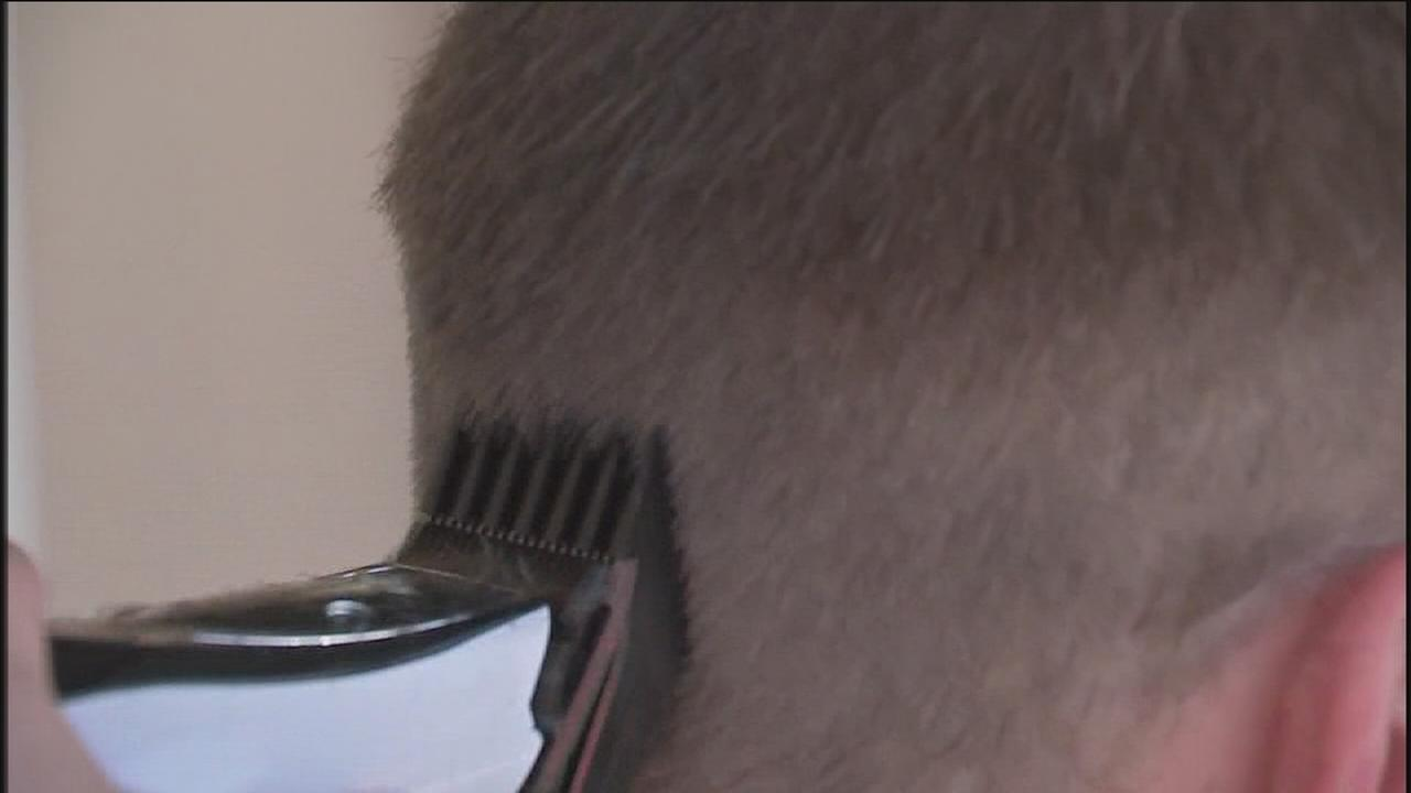 Free haircuts given to veterans