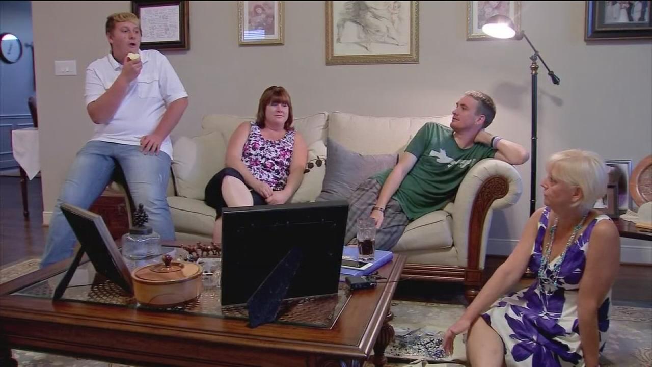 Mom meets Army sons organ recipient
