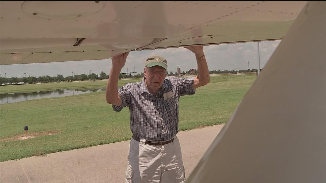 Age isnt stopping 96-year-old pilot from flying