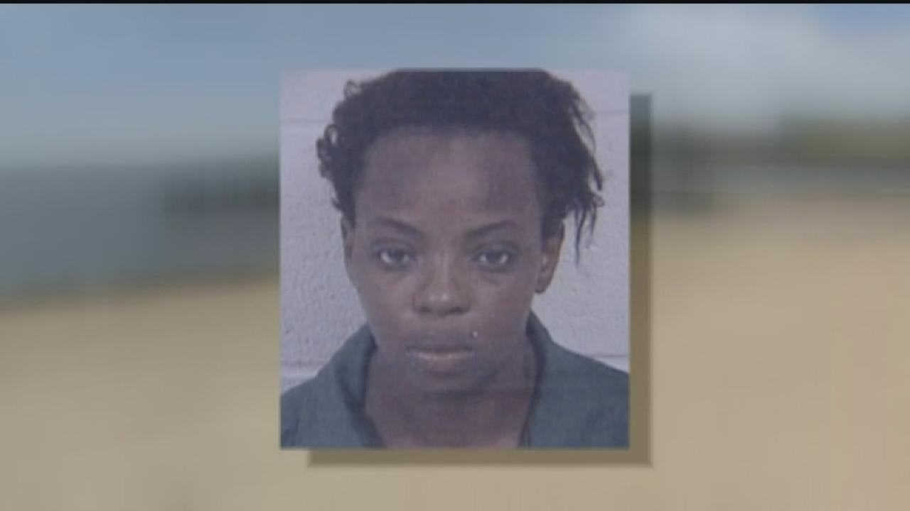 Mom charged after allegedly driving car with child into bayou