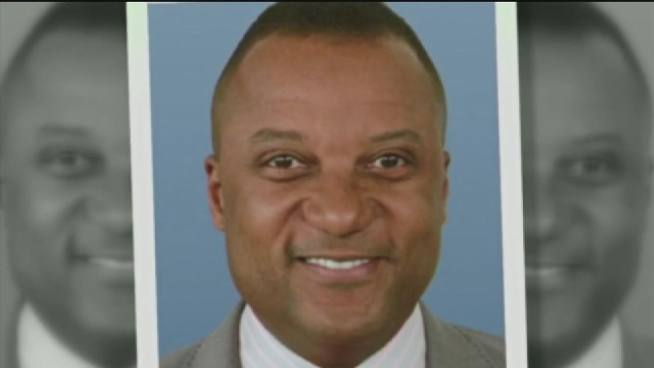 Friends, family remember Darryl Hamilton at funeral