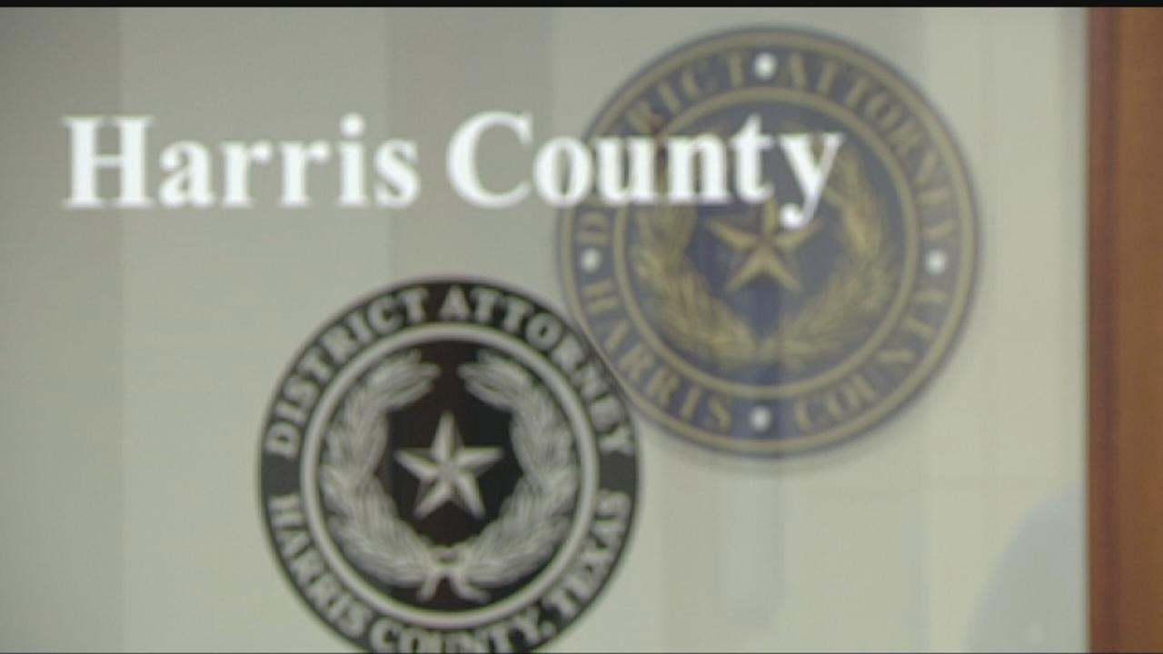Scammers posing as district attorneys