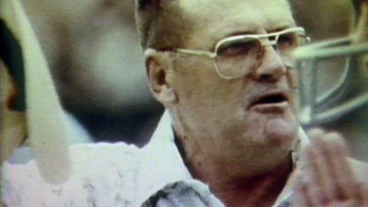 Opera about Bum Phillips life comes to Houston