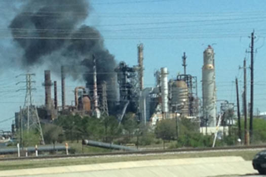 Viewer photo from the explosion at Pasadena Refining System off SH 225