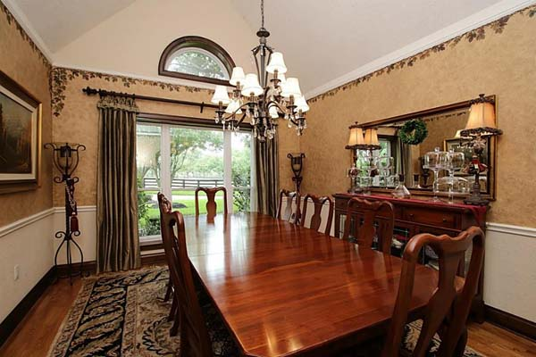 2m Texas Home Owned By Anna Nicole Smith On The Market