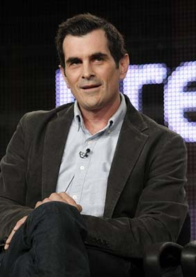 <div class='meta'><div class='origin-logo' data-origin='AP'></div><span class='caption-text' data-credit='AP'>In this Aug. 8, 2009 file photo, actor Ty Burrell discusses his new television series &#34;Modern Family&#34; at the ABC Disney Summer press tour (AP Photo/Dan Steinberg, file)</span></div>