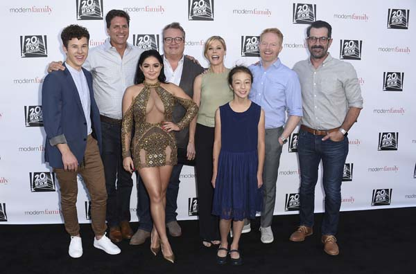 <div class='meta'><div class='origin-logo' data-origin='AP'></div><span class='caption-text' data-credit='Jordan Strauss/Invision/AP'>The cast of &#34;Modern Family,&#34; on Wednesday, May 3, 2017, in Los Angeles. (Photo by Jordan Strauss/Invision/AP)</span></div>