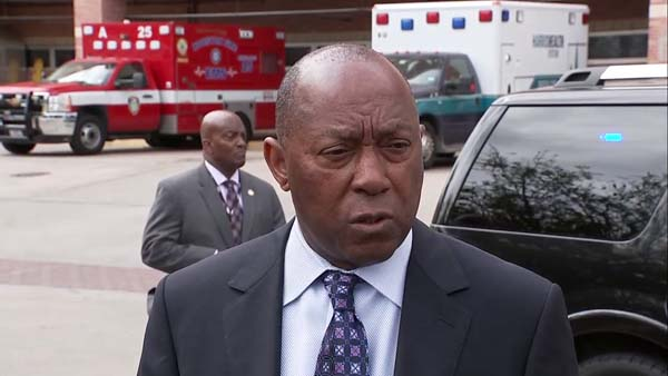 <div class='meta'><div class='origin-logo' data-origin='KTRK'></div><span class='caption-text' data-credit=''>Mayor Turner on the two officers injured in shooting.</span></div>