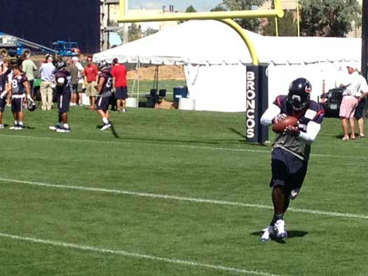 "<div class=""meta image-caption""><div class=""origin-logo origin-image ""><span></span></div><span class=""caption-text"">The Texans are in Denver to practice with the defending AFC champs; these are photos from Thursday's practice (Photo/ABC-13)</span></div>"