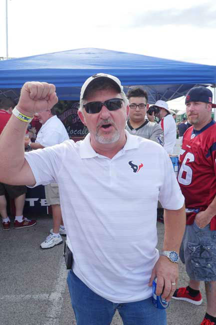 Photos from outside Reliant Stadium before Thursday&#39;s Niners-Texans preseason finale <span class=meta>(Photo&#47;Scott Morrow)</span>