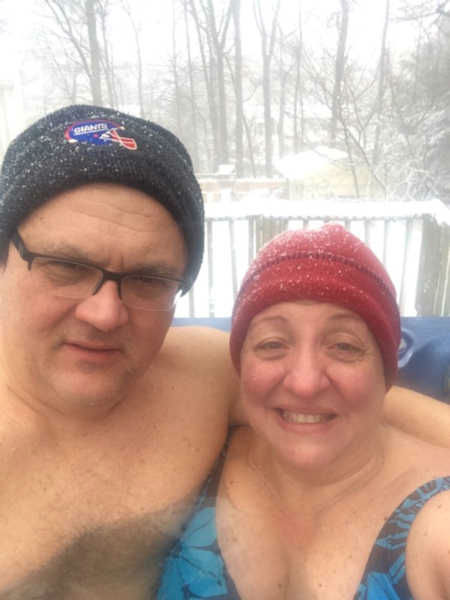"<div class=""meta image-caption""><div class=""origin-logo origin-image none""><span>none</span></div><span class=""caption-text"">Perfect day for a dip in the hot tub...we guess.  (@V__tarasenko)</span></div>"