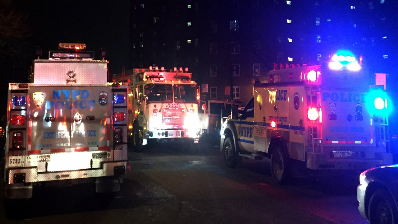 1 wounded NYPD officer to leave hospital