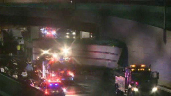"<div class=""meta image-caption""><div class=""origin-logo origin-image none""><span>none</span></div><span class=""caption-text"">More than 15 vehicles including several tractor-trailers, box trucks, and cars collided in Cranbury, New Jersey Monday night. (WABC Photo/ WABC)</span></div>"