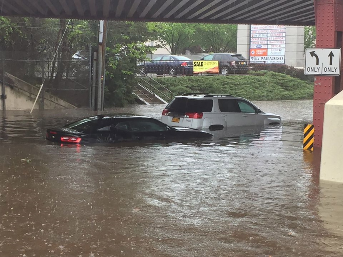 Flash flooding turns roads into rivers, stifles transit ...