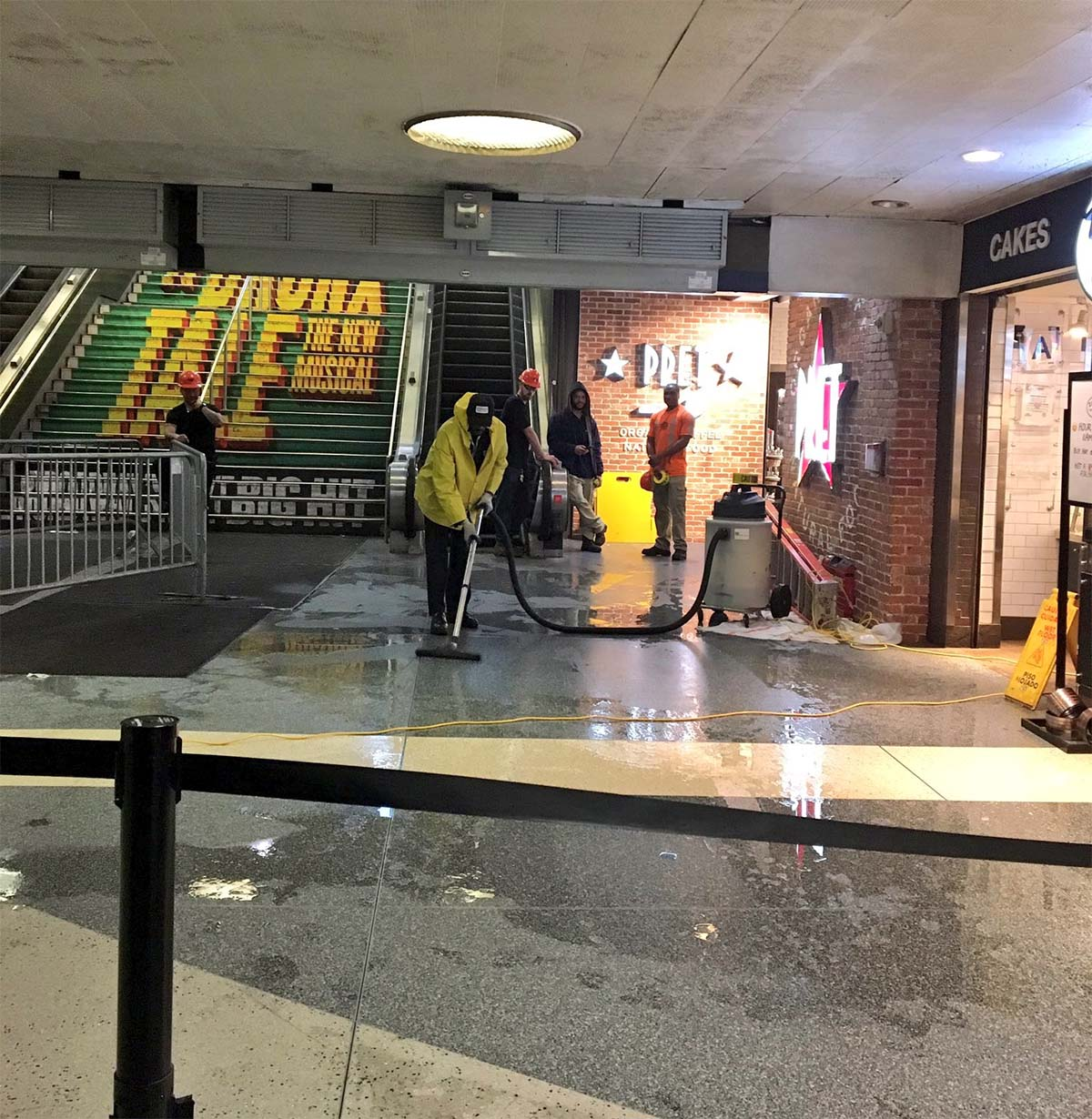 <div class='meta'><div class='origin-logo' data-origin='none'></div><span class='caption-text' data-credit='Photo/@WisdomGirlFilms via Twitter'>Flooding inside Penn Station.</span></div>