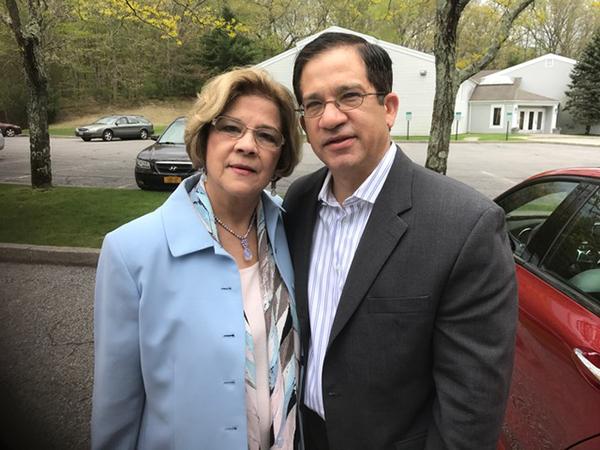 """<div class=""""meta image-caption""""><div class=""""origin-logo origin-image wabc""""><span>WABC</span></div><span class=""""caption-text"""">Joe Torres and his mother. </span></div>"""