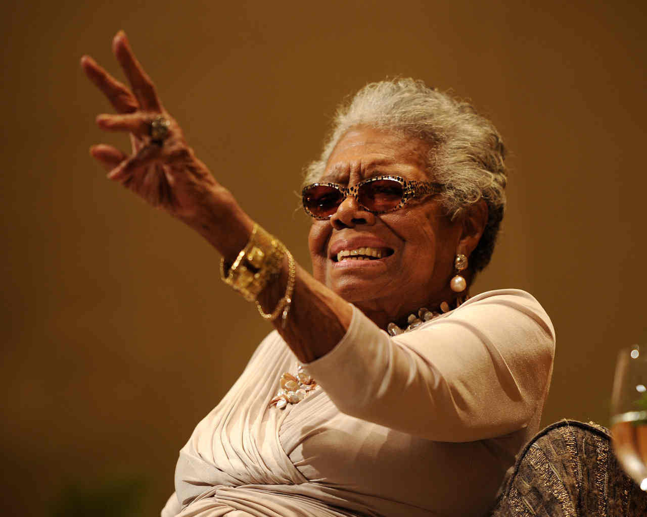 Maya Angelou speaks on race relations at Congregation B'nai Israel and Ebenezer Baptist Church on January 16, 2014 in Boca Raton, Florida. Angelou died on May 28 at the age of 86. <span class=meta>(Photo by Jeff Daly/Invision/AP)</span>
