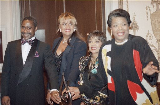 Ruby Dee and other honorees pose at Eighth Annual Black History Makers Awards dinner in NYC on Feb. 2, 1994. The event is sponsored by non-profit Associated Black Charities. <span class=meta>AP Photo/Bebeto Matthews</span>