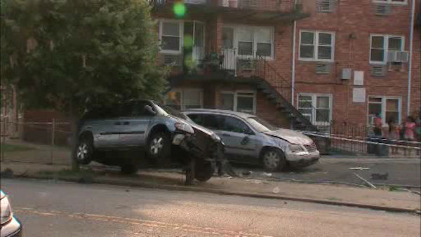 A mother and her two daughters were struck by a stolen minivan in Flatlands, Brooklyn on Wednesday afternoon. <span class=meta>(WABC Photo&#47; WABC)</span>