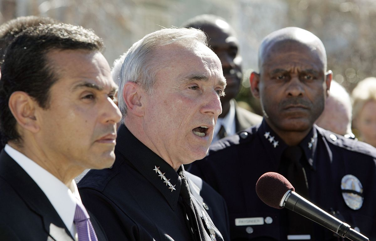 <div class='meta'><div class='origin-logo' data-origin='AP'></div><span class='caption-text' data-credit='AP Photo/Reed Saxon'>Los Angeles Mayor Antonio Villaraigosa, left, listens as Police Chief William Bratton, center, speaks to reporters after a man had barricaded himself in a house Feb. 7, 2008.</span></div>