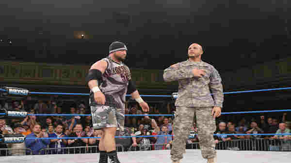 """<div class=""""meta image-caption""""><div class=""""origin-logo origin-image """"><span></span></div><span class=""""caption-text"""">Chris Melendez, a Purple Heart recipient, lived out his dream of becoming a professional wrestler, making his debut in New York on Aug. 5. (ABC Photo/ WABC)</span></div>"""