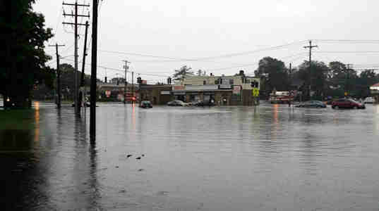 "<div class=""meta image-caption""><div class=""origin-logo origin-image ""><span></span></div><span class=""caption-text"">See images of flooding, stranded cars and downed trees after severe storms moved through the New York area overnight Wednesday. (@OccupyStF)</span></div>"