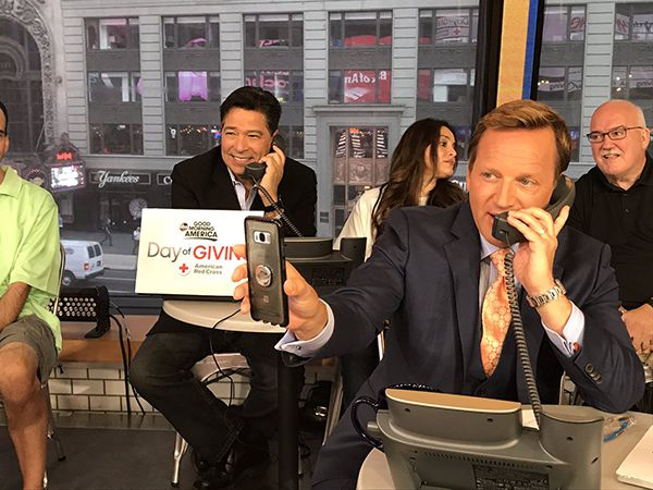 "<div class=""meta image-caption""><div class=""origin-logo origin-image none""><span>none</span></div><span class=""caption-text"">Anchor David Novarro and Meteorologist Lee Goldberg</span></div>"