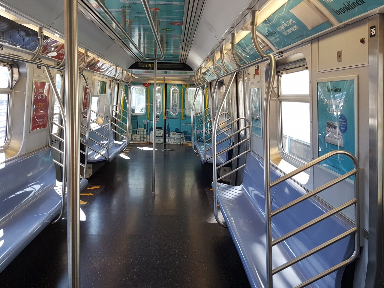 Photos Mta Makes More Room On Subway Cars By Removing