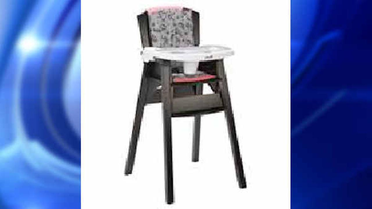 Safety 1st high chairs being recalled because kids can remove ...