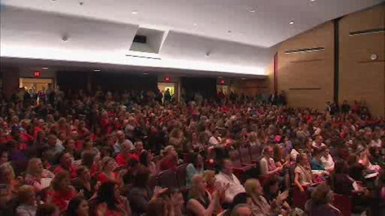 Meeting held on possible closure of 4 schools in Sachem School District