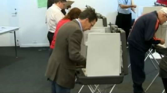 """<div class=""""meta image-caption""""><div class=""""origin-logo origin-image """"><span></span></div><span class=""""caption-text"""">Governor Dannel Malloy casts his vote. He is an incumbent in the Connecticut gubernatorial race.</span></div>"""