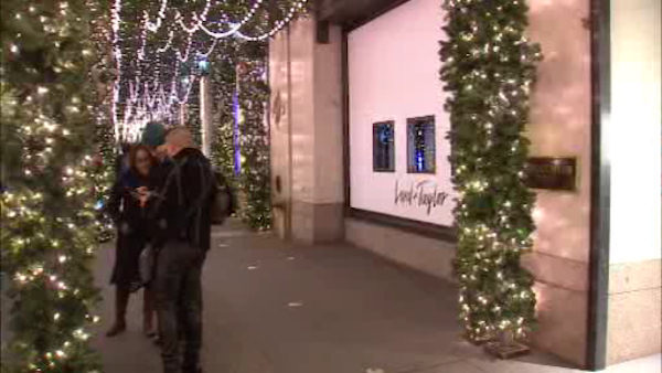 "<div class=""meta image-caption""><div class=""origin-logo origin-image wabc""><span>WABC</span></div><span class=""caption-text"">Lord & Taylor's holiday windows at the corner of 5th Avenue and 39th Street. </span></div>"