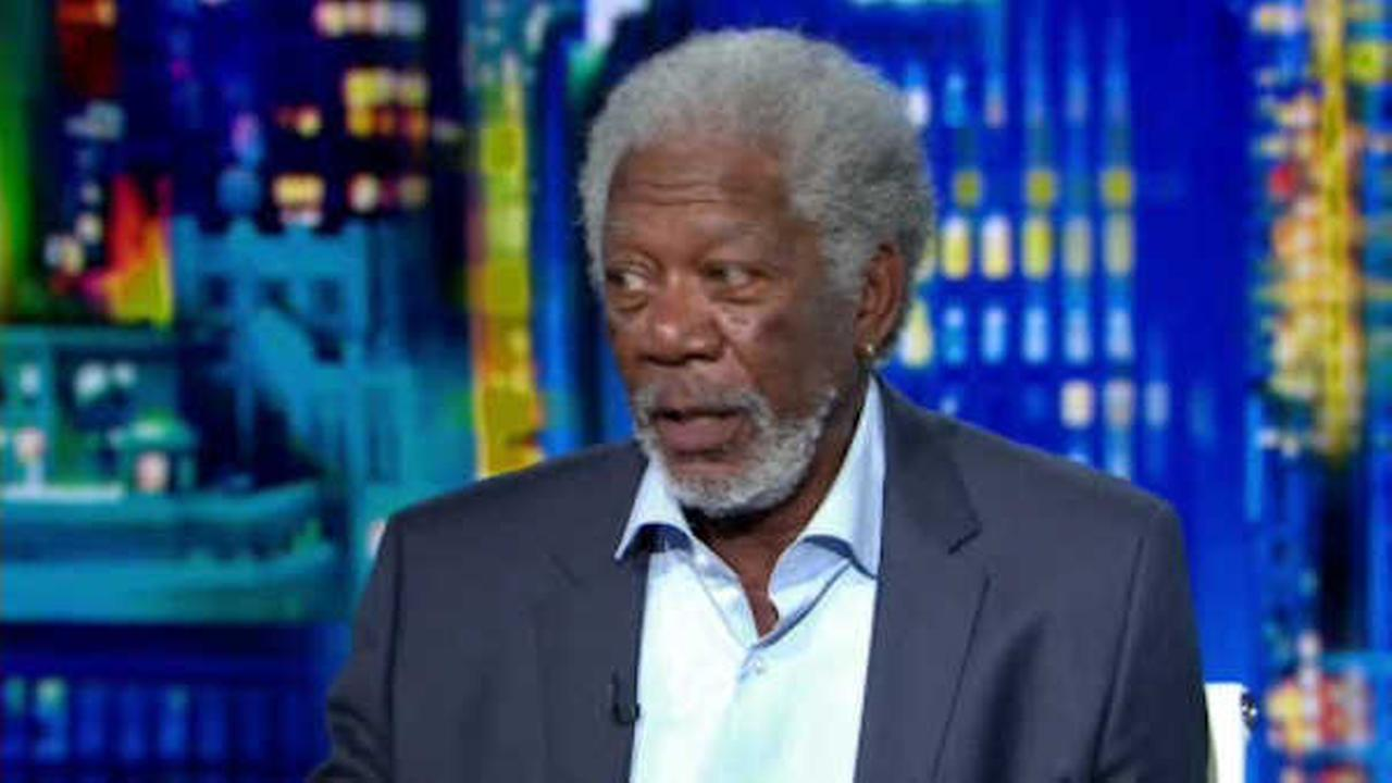 Actor Morgan Freeman unhurt after plane makes emergency landing