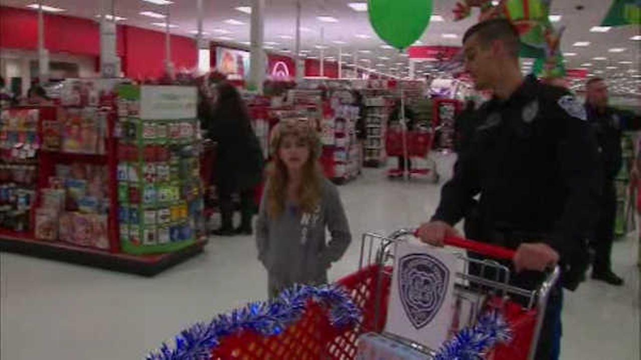 Outstanding New Jersey students rewarded with holiday shopping spree