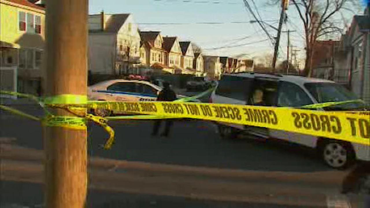 One person shot, one person hit with shovel in Queens