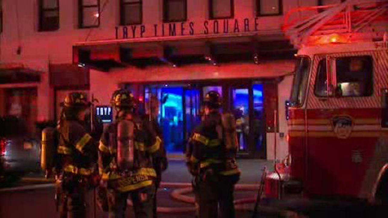 Kitchen fire prompts evacuation of Times Square hotel