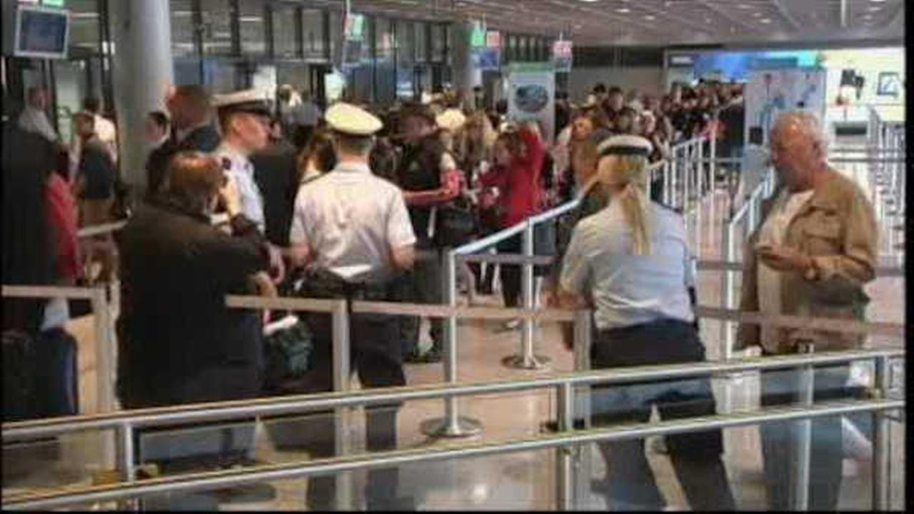 TSA found record number of guns in carry-on bags in 2015