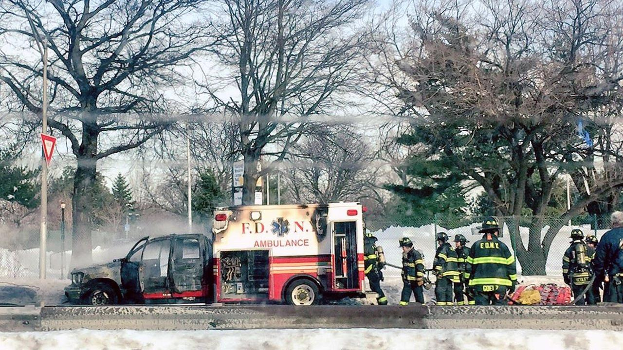 FDNY ambulance fire shuts down section of Grand Central Parkway, snarling traffic in Queens