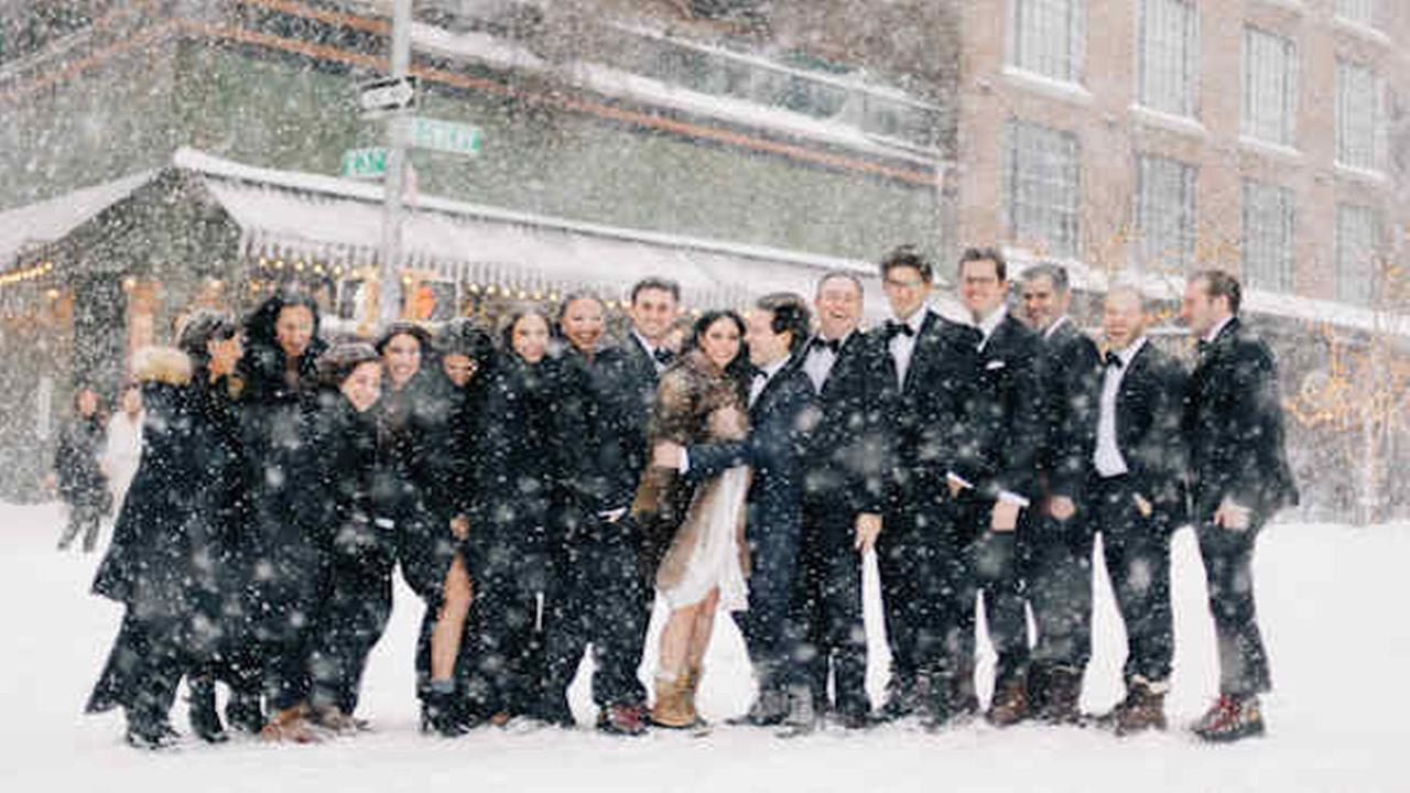 Blizzard forces couple to push Brooklyn wedding back 1 day