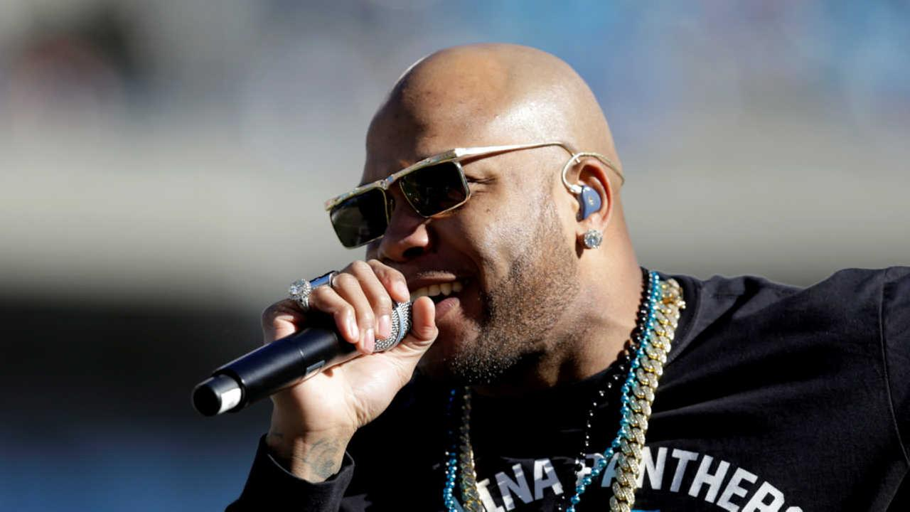 Rapper 'Flo Rida' uses star power to help out people of Flint during water crisis