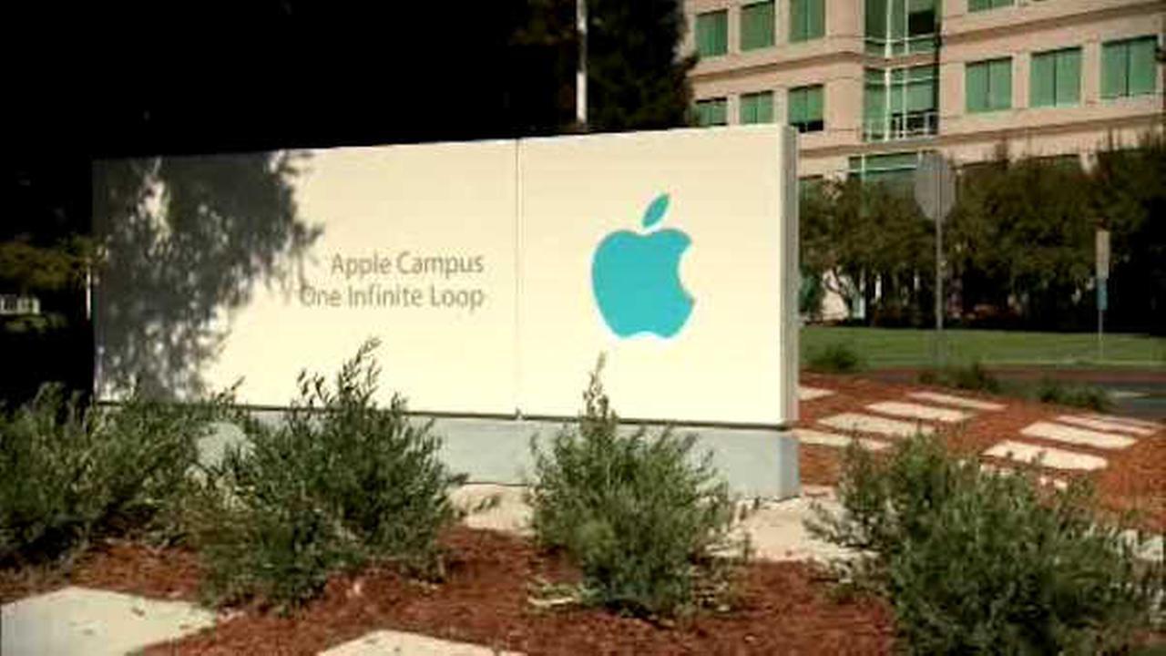 Demonstrations supporting Apple as FBI seeks to unlock gunman's iPhone