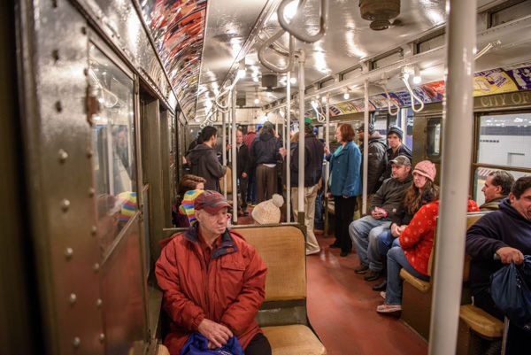 This is what it's like to ride MTA's holiday 'nostalgia train ...