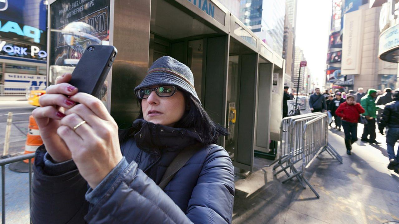 Cellphone not working? Verizon Wireless suffers outage in New York City area