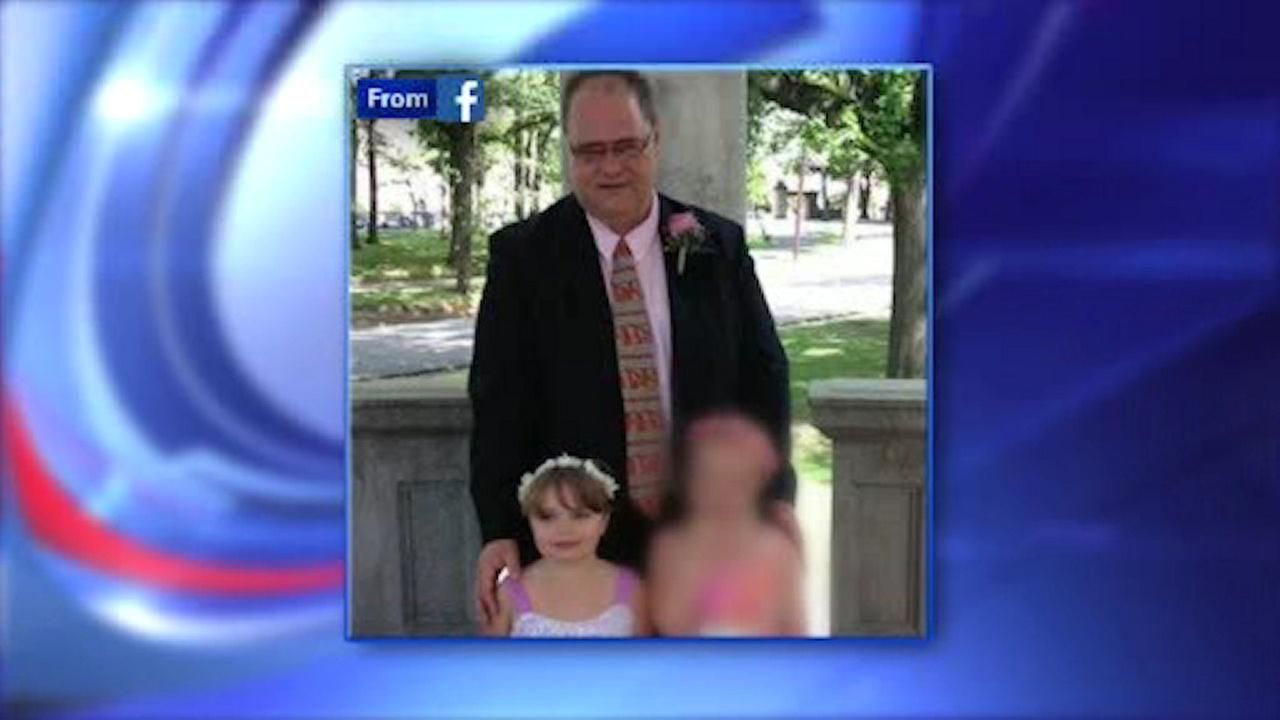 Wake held for teacher and young daughter killed in NJ Turnpike crash
