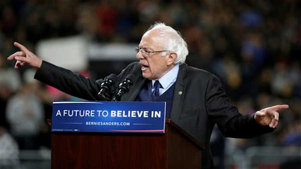 Bernie Sanders wins 3 states; Hillary Clinton retains big delegate lead