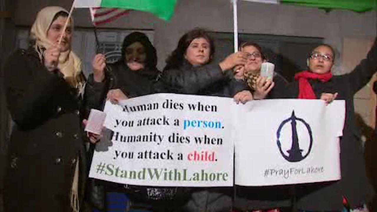 Interfaith vigil held for victims of suicide bombing in Pakistan on Easter
