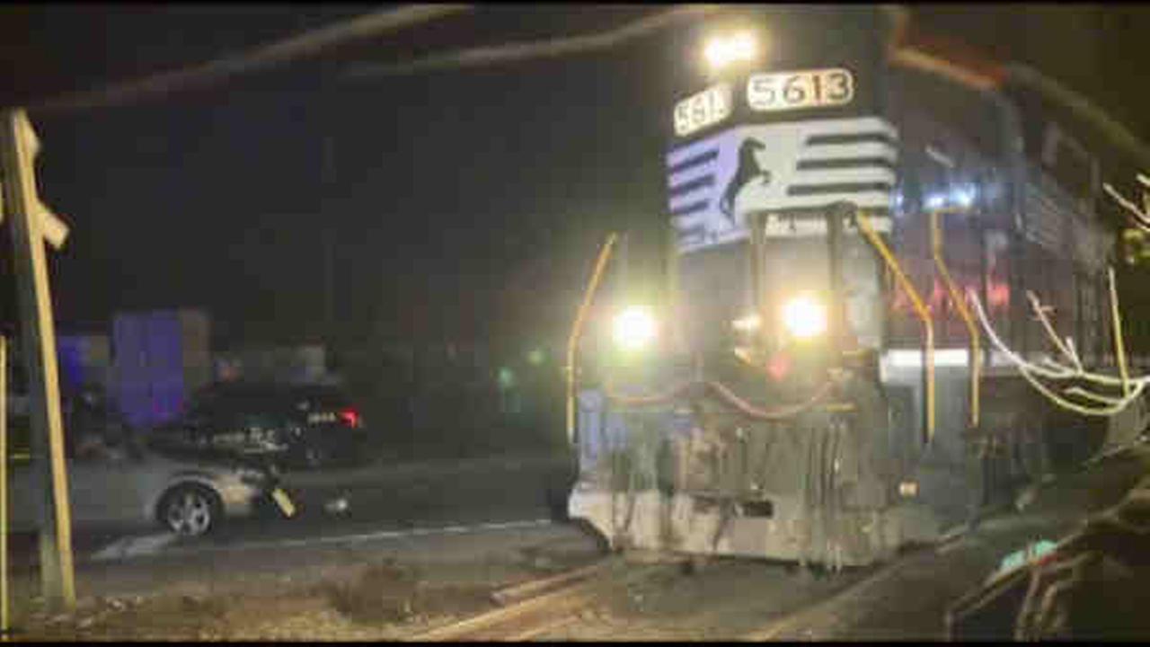 Car hit train on New Jersey Transit tracks