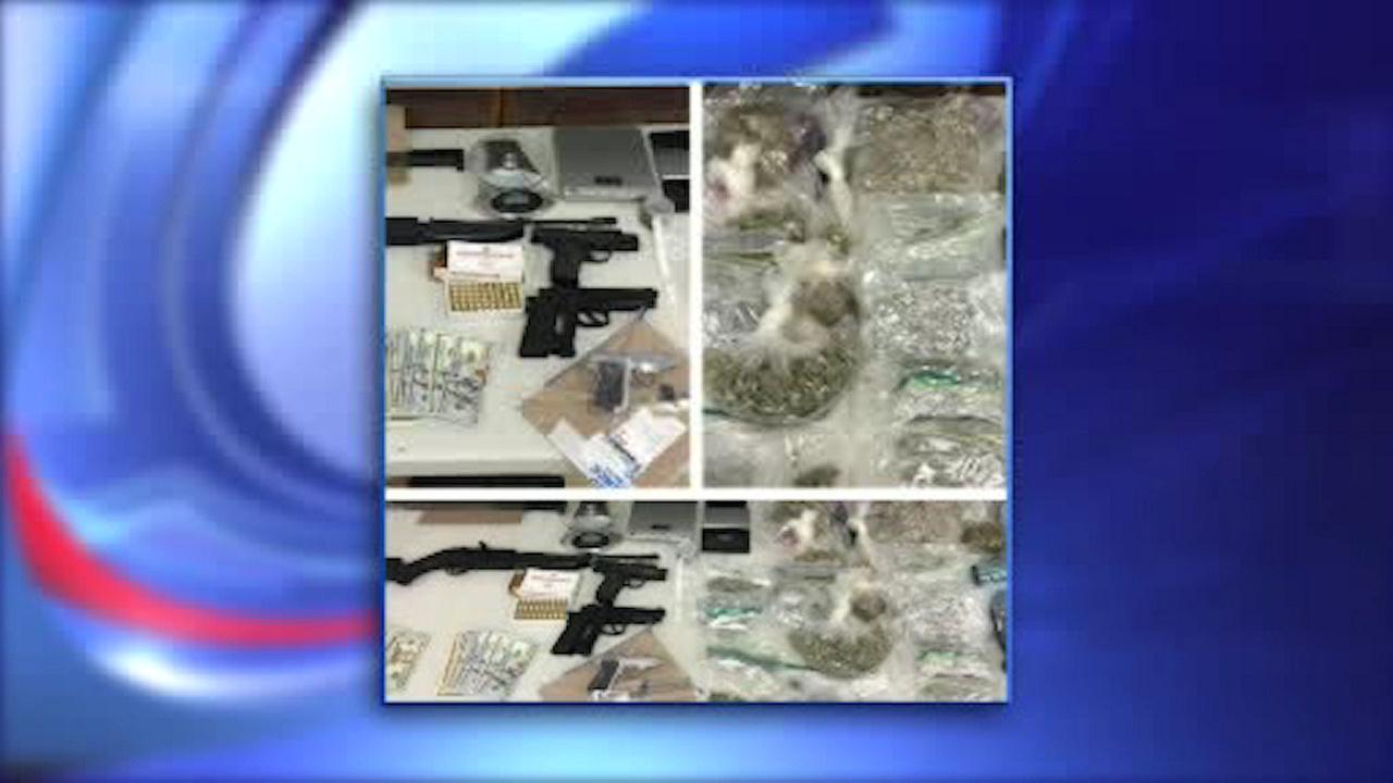 Arrest of stabbing suspect yields cache of weapons in Queens